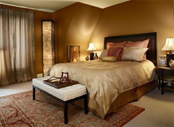 chambre-coucher-couleurs-automne-chaudes-coussins